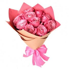 11 роз розовых