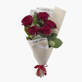 5 роз бордовых