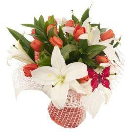 12 тюльпанов 3 лилии