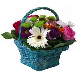 5 роз 3 герберы 2 хризантемы кустовые 1 хризантема сантини