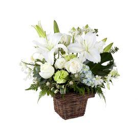7 фрезий 7 гвоздик 3 розы 3 эустомы 1 лилия