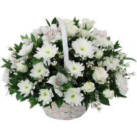 9 хризантем кустовых 7 альстромерий 5 роз кустовых